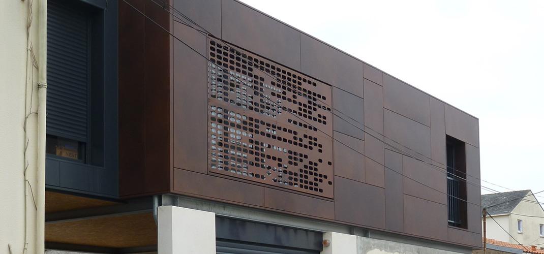 Extension d'une maison individuelle à Rezé (44) - Archidesigner Associés - Élévation habillage métal