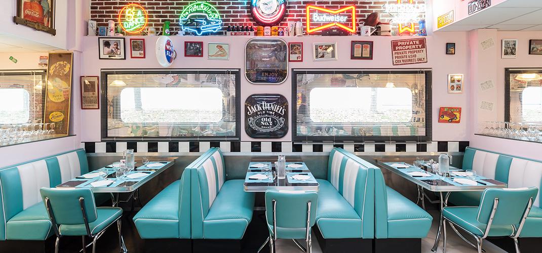 Permis de construire, Architecture, aménagement intérieur : le restaurant le Caddy's